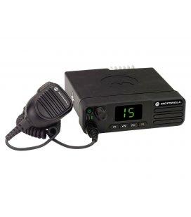 Автомобильная радиостанция Motorola DM4401E UHF MDM28QPC9RA2AN 40 Вт